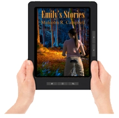 August ES Ereader with hands
